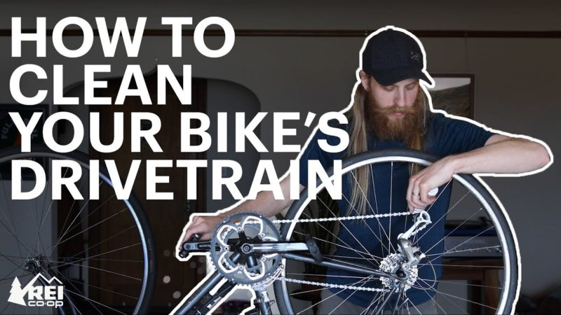 How to Clean Your Bike's Drivetrain at Home!