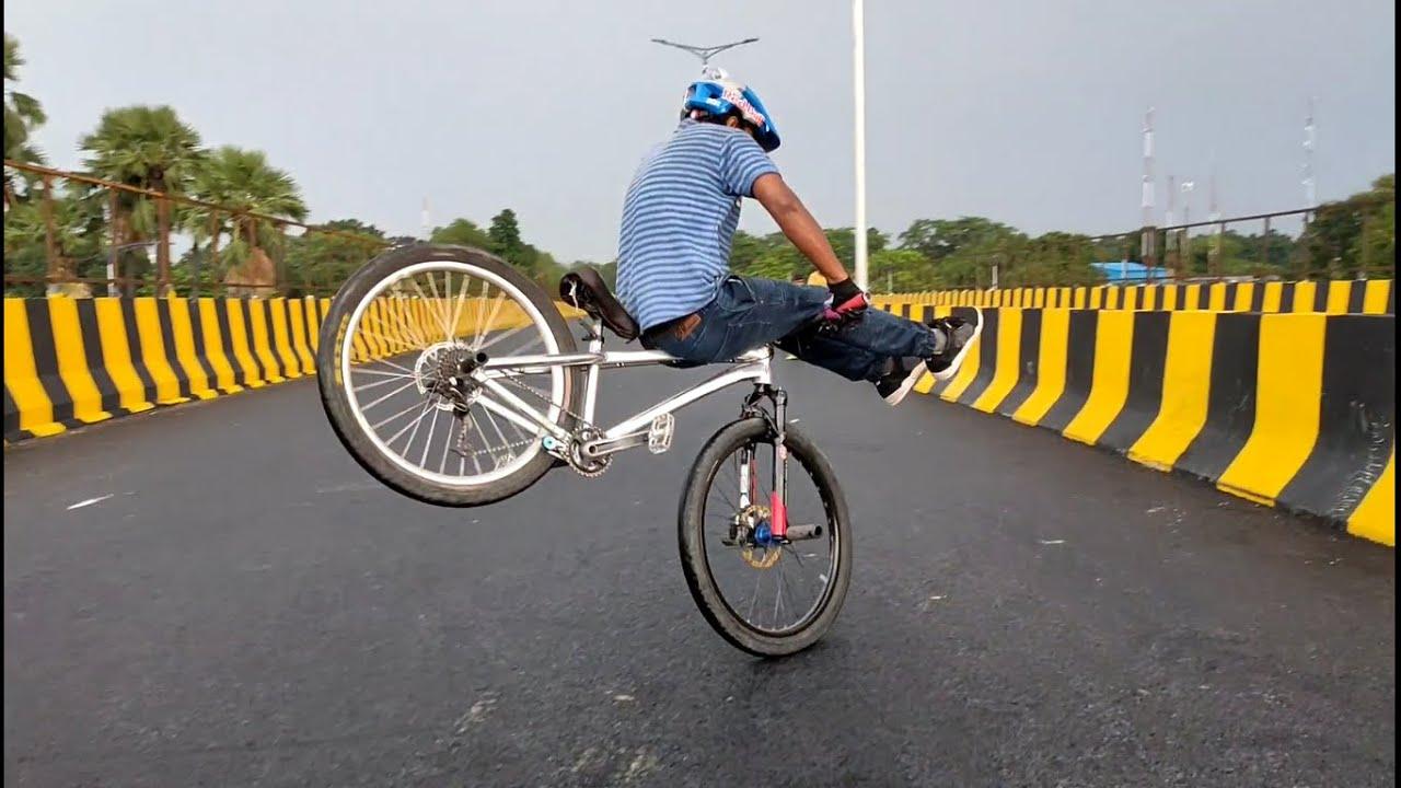 ME My BIKE And CINAMATIC Shots  – Abhijeet Stunts || INDIA || 2020