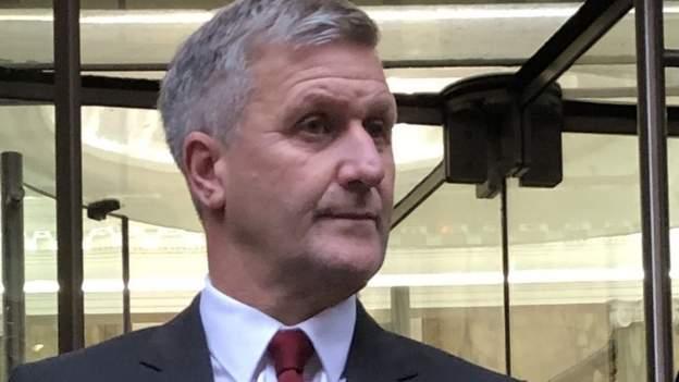 Tribunal del Dr. Richard Freeman: ex médico ciclista de GB 'cruzó la línea'