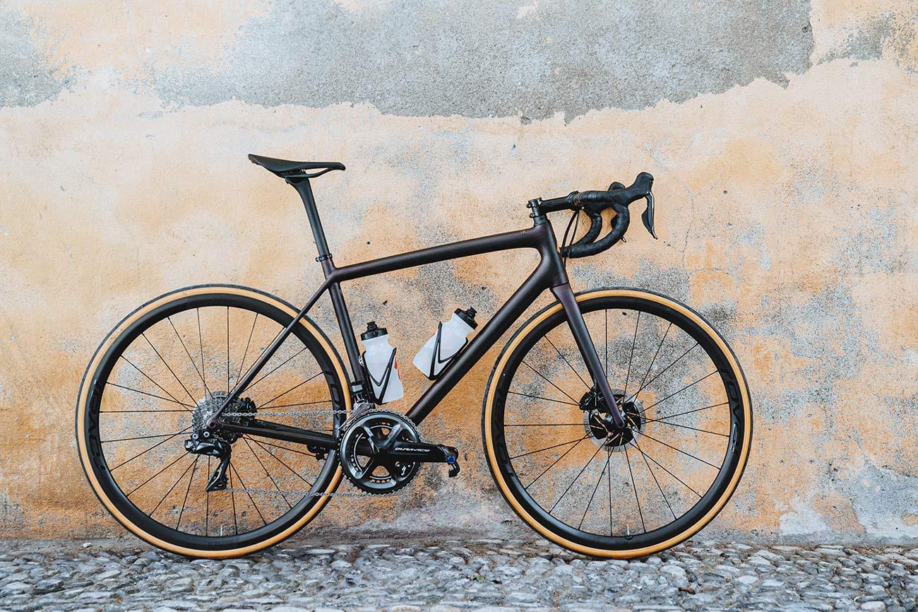 585g Specialized Aethos ist das neueste leichteste Rennrad der Welt.