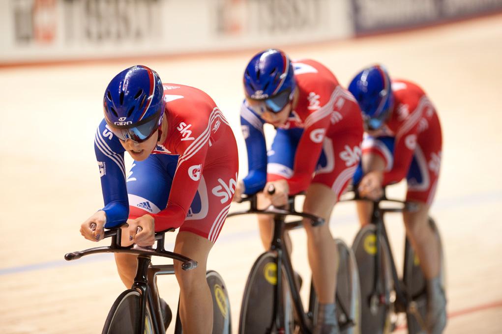 L'ancien médecin britannique du cyclisme Richard Freeman dit qu'il a détruit un ordinateur portable et un gel de testostérone – VeloNews.com