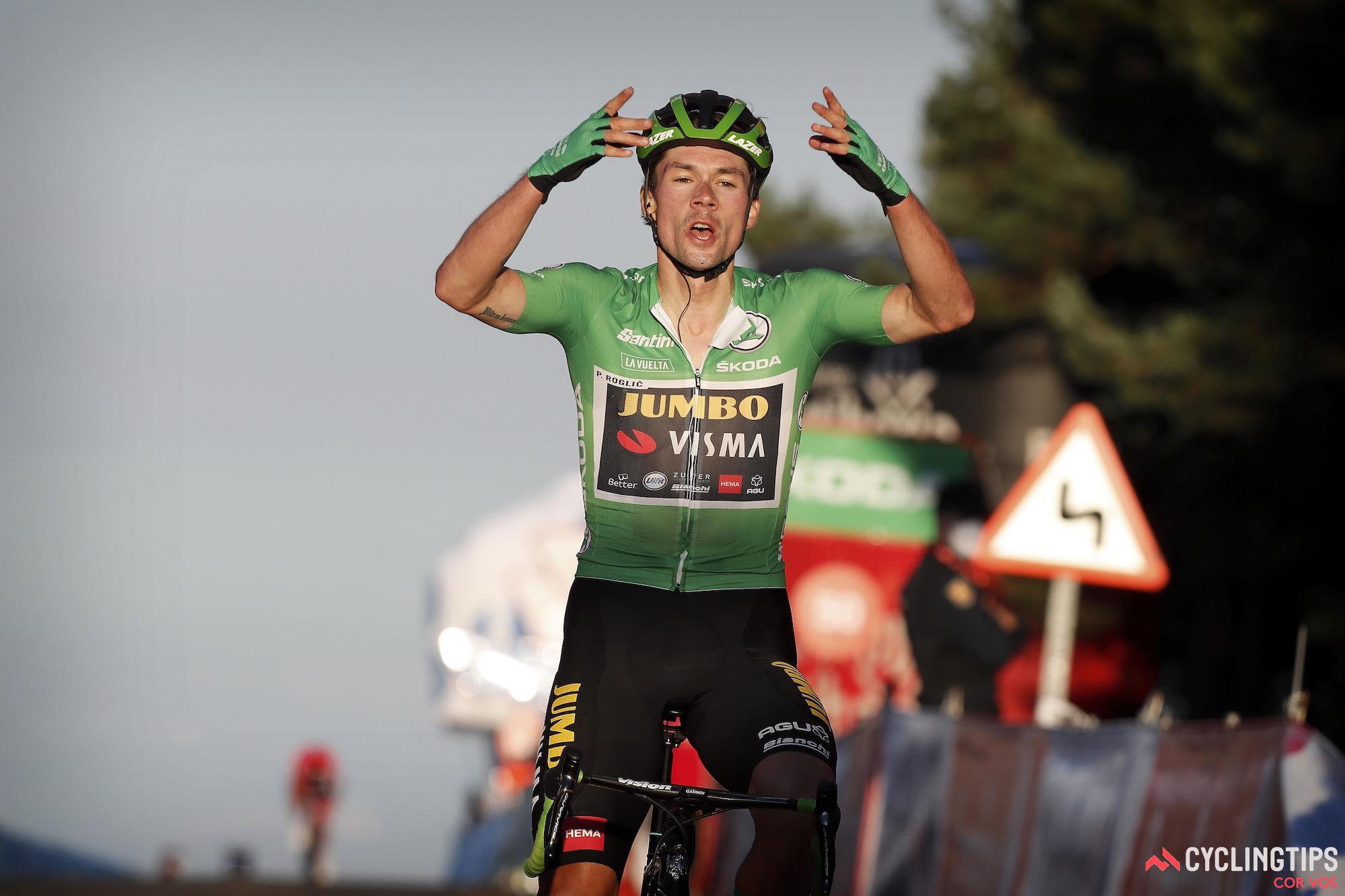 Roglic stormt naar de overwinning in etappe 8 van de Vuelta a España
