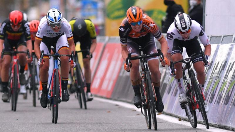 Lorena Wiebes vinder Driedaagse Brugge-De Panne efter Jolien D'hoore rykkede ned – VeloNews.com