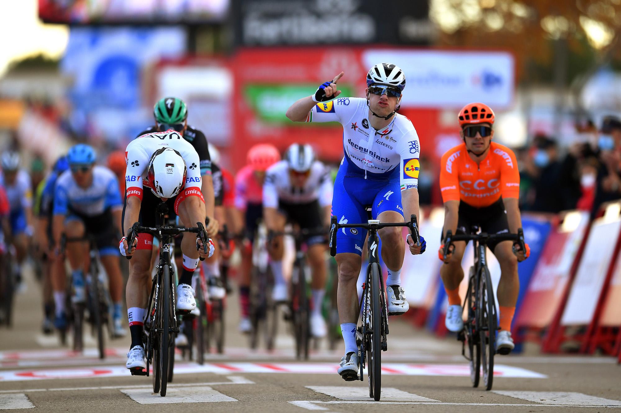 Sam Bennett gewinnt auf der vierten Etappe der Vuelta a España 2020 zwei Mal hintereinander für Irland