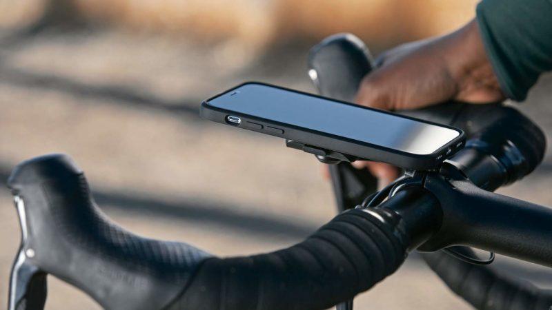 L'étui de téléphone de tous les jours Mobile by Peak Design se monte sur vos barres, votre chargeur domestique et plus encore …
