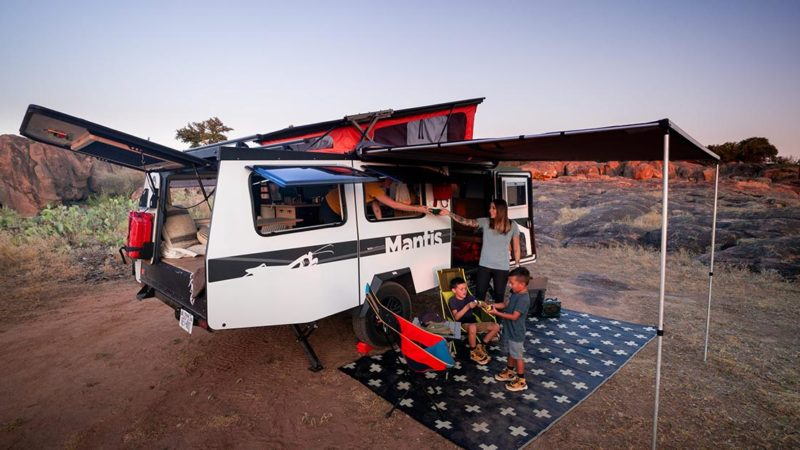 #VanLife: Refúgiese en TAXA Outdoors Actualizado Mantis & Cricket Campers