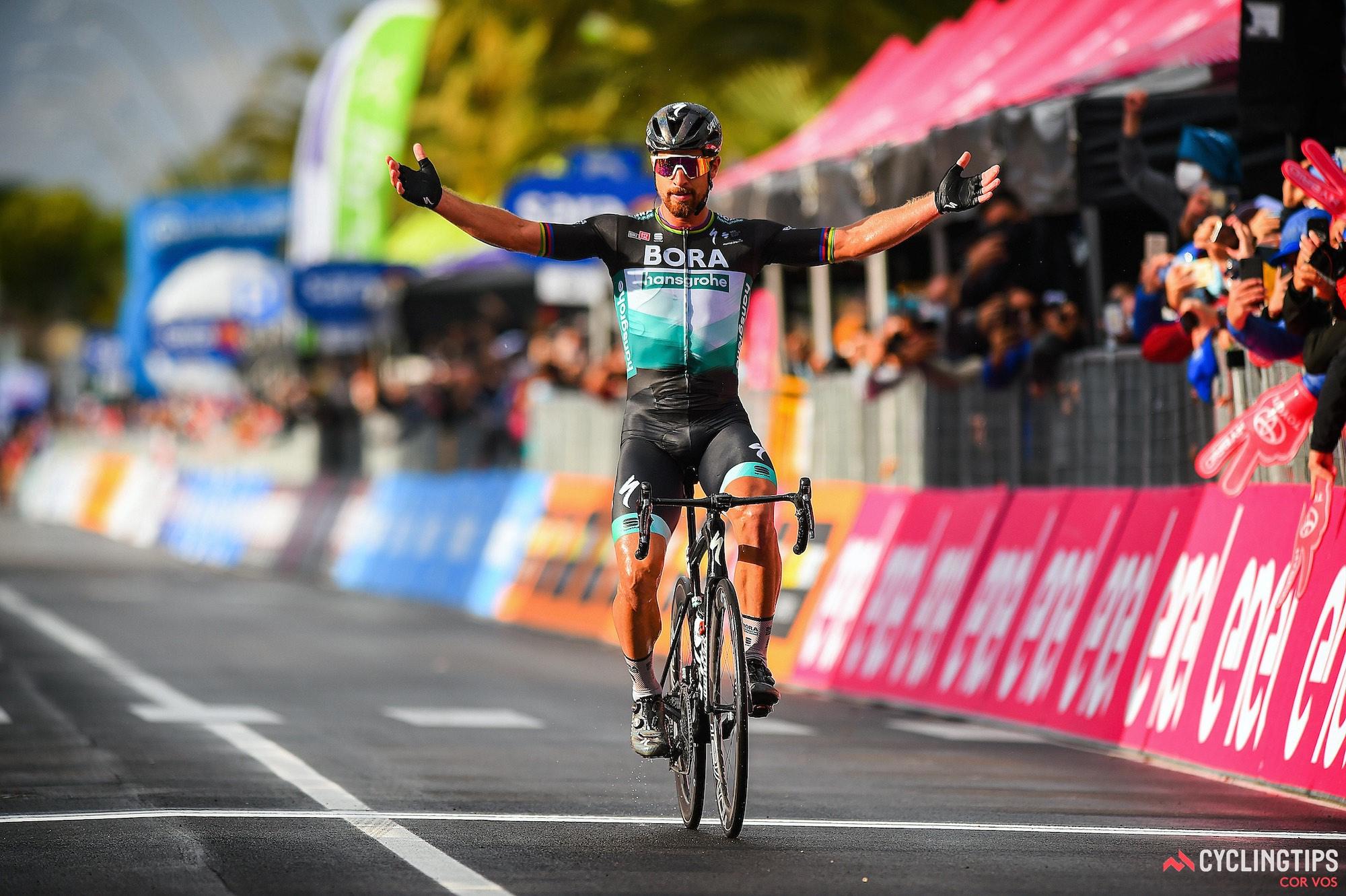 Sagan soleert naar zijn eerste overwinning van 2020 in fase 10 van de Giro