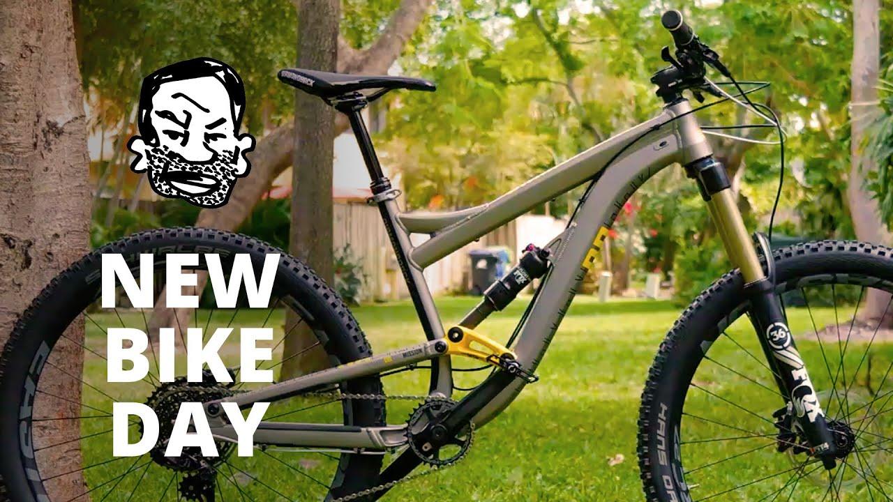 New Bike Day – Squish!