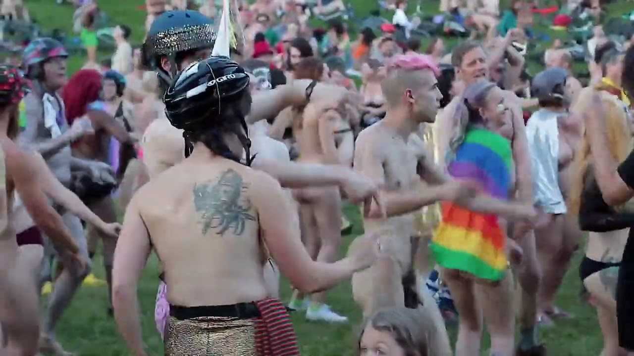 "WORLD NAKED BIKE RIDE (Laurelhurst Park ""DANCE CELEBRATION"") Portland, Oregon, USA  ""2018"""