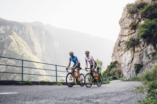 Le migliori offerte del Cyber Monday di Chain Reaction Cycles: risparmia £ 800 / $ 1.000 su una bici da strada Orro Gold e £ 50 su un Garmin Edge 520 Plus