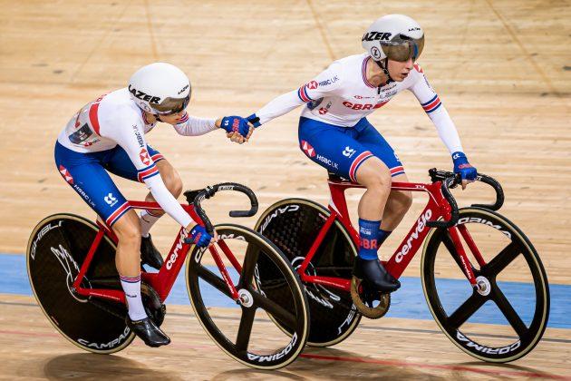 Championnats d'Europe sur piste 2020: la Grande-Bretagne en tête du tableau des médailles alors que Laura Kenny, Elinor Barker et Ethan Vernon podium lors de la dernière nuit