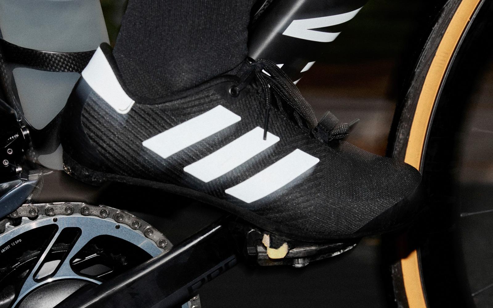 Adidas est de retour dans le jeu de la chaussure de cyclisme ...