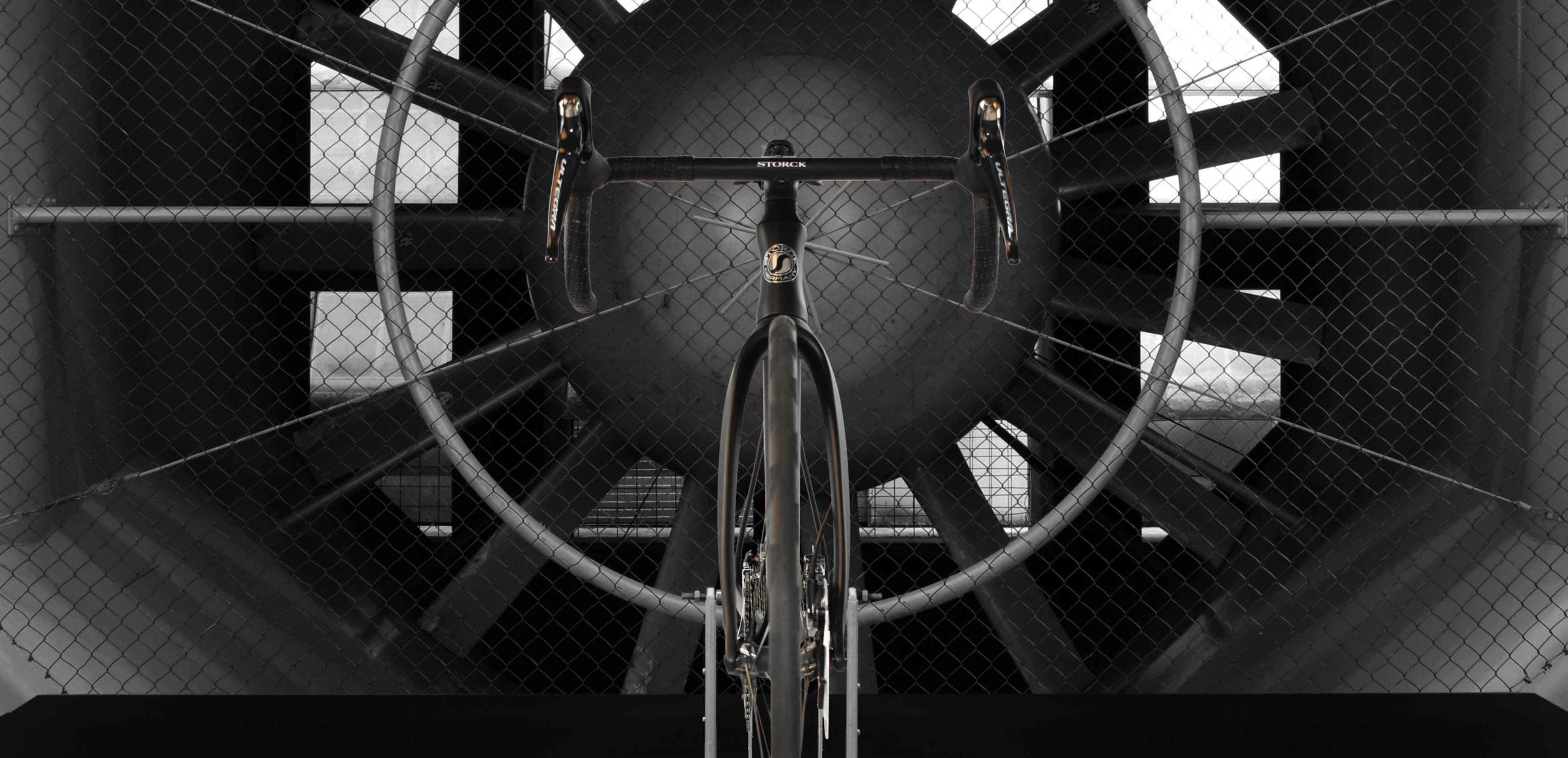 Storck Aerfast 3 punta a una bici da strada più leggera, più veloce e più aerodinamica, ora con freni a disco