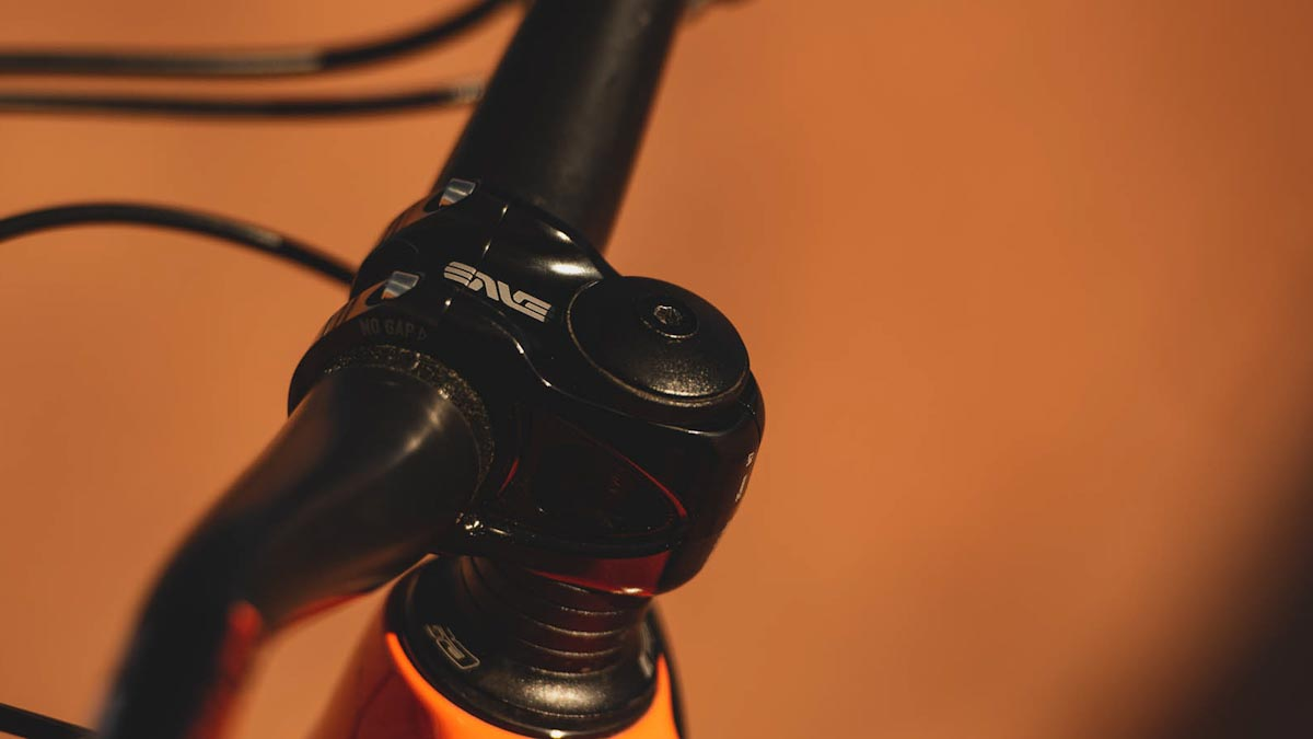 ENVE Alloy Mountain Stems bring refined metal option for their carbon handlebars