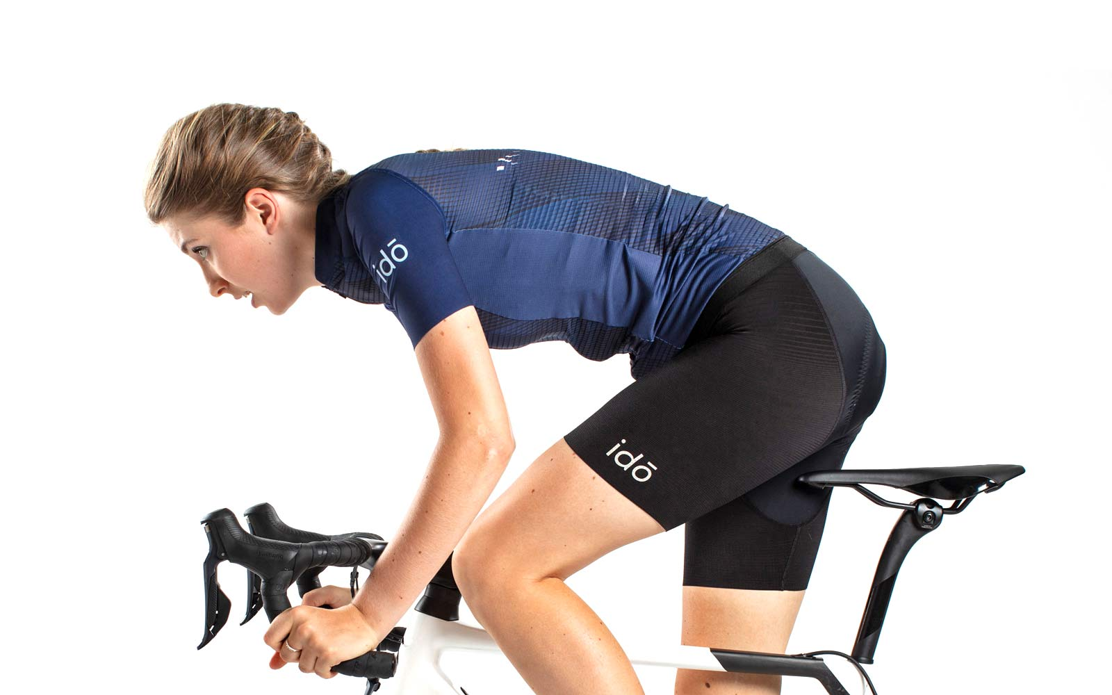 Idō debuts indoor-specific cycling clothing, tailored for training & racing inside