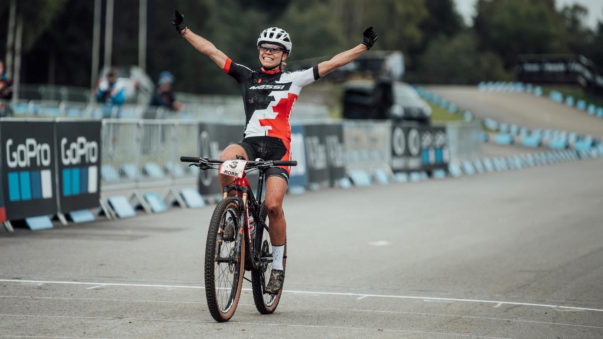 Maak kennis met Loana Lecomte, 2020's breakout mountainbiker van het jaar – VeloNews.com