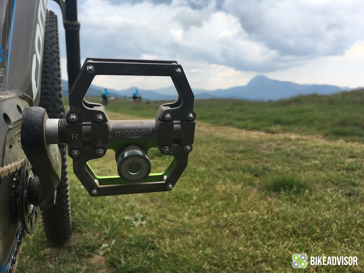Magped AL 10 (2018) – pedals with a magnet
