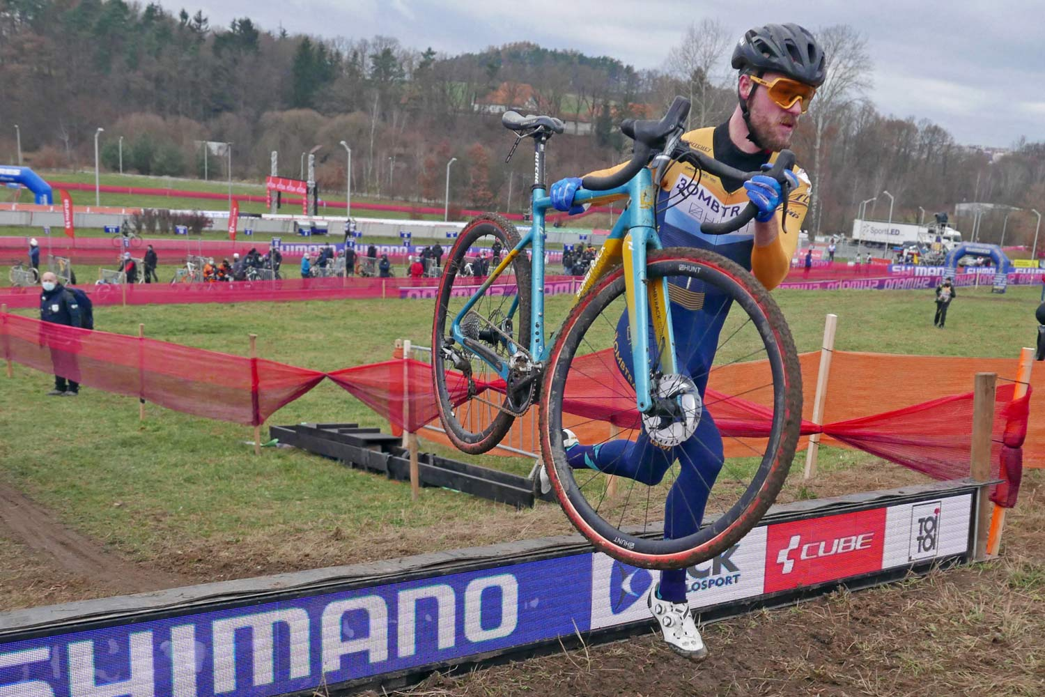 CX Pro Bike Check: bicicleta de cross de carbono Bombtrack Tension C de Gosse van der Meer