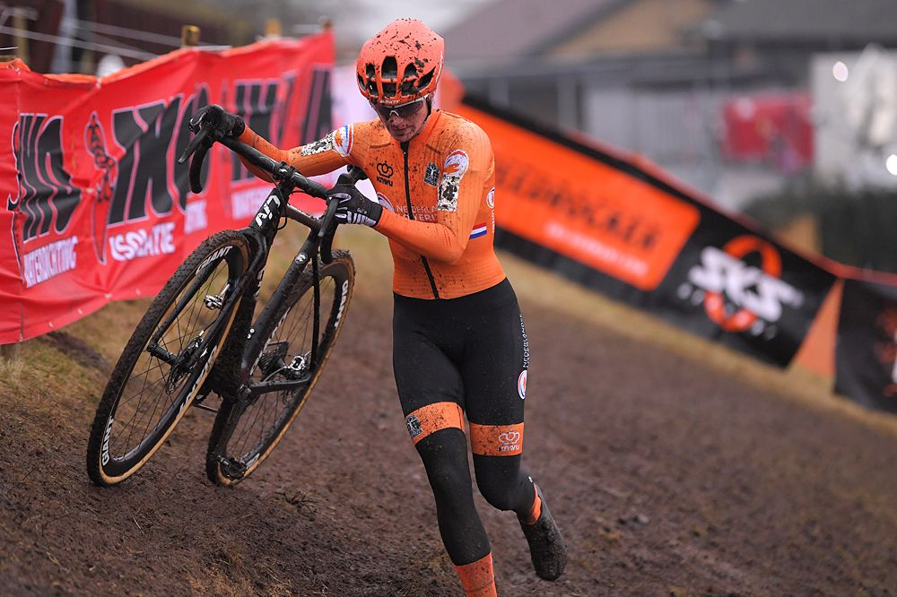 Marianne Vos opens cyclo-cross campaign at Ethias Cross in Essen