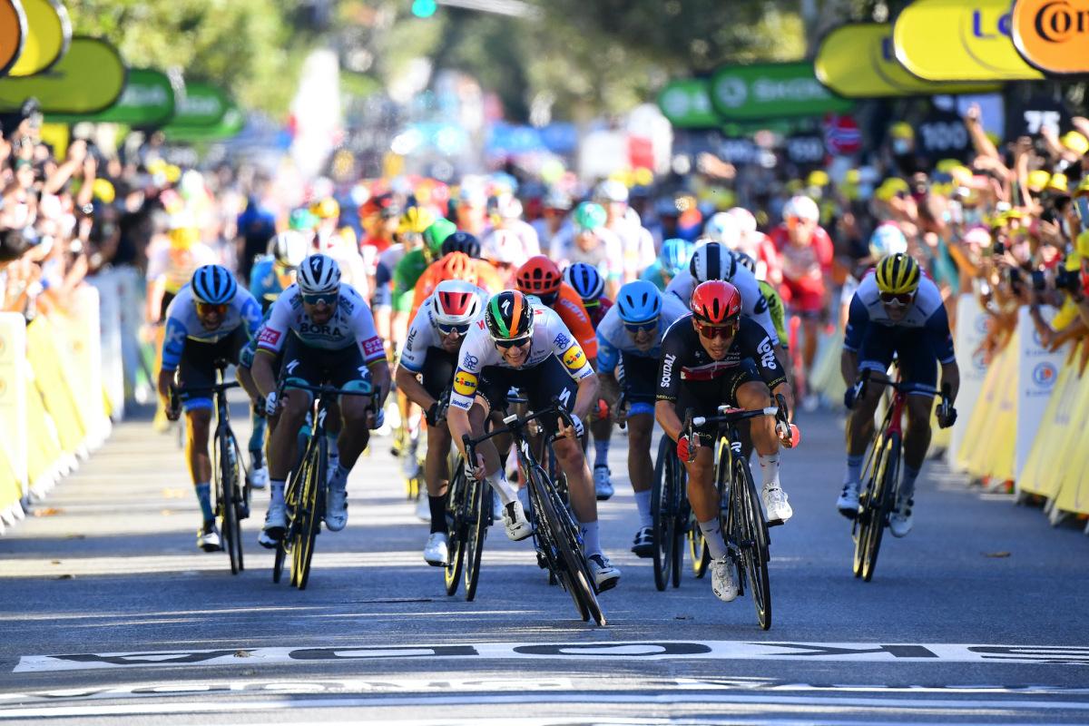 Le corsie dei ciclisti sono il futuro degli sprint di gruppo?  – VeloNews.com