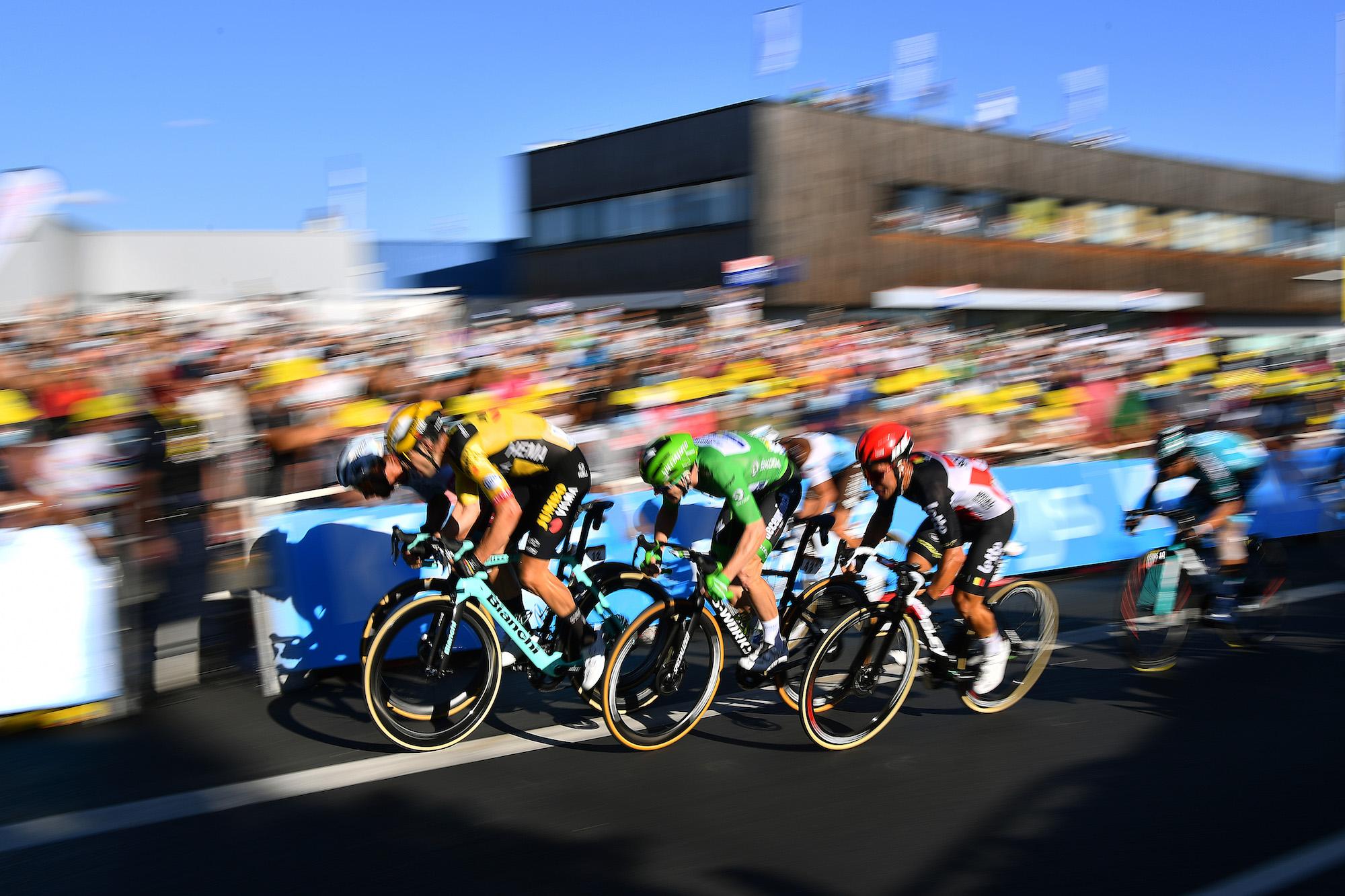 Ex-WorldTour-sprinter suggereert geen passerende zones in groepafwerkingen om rijders veilig te houden