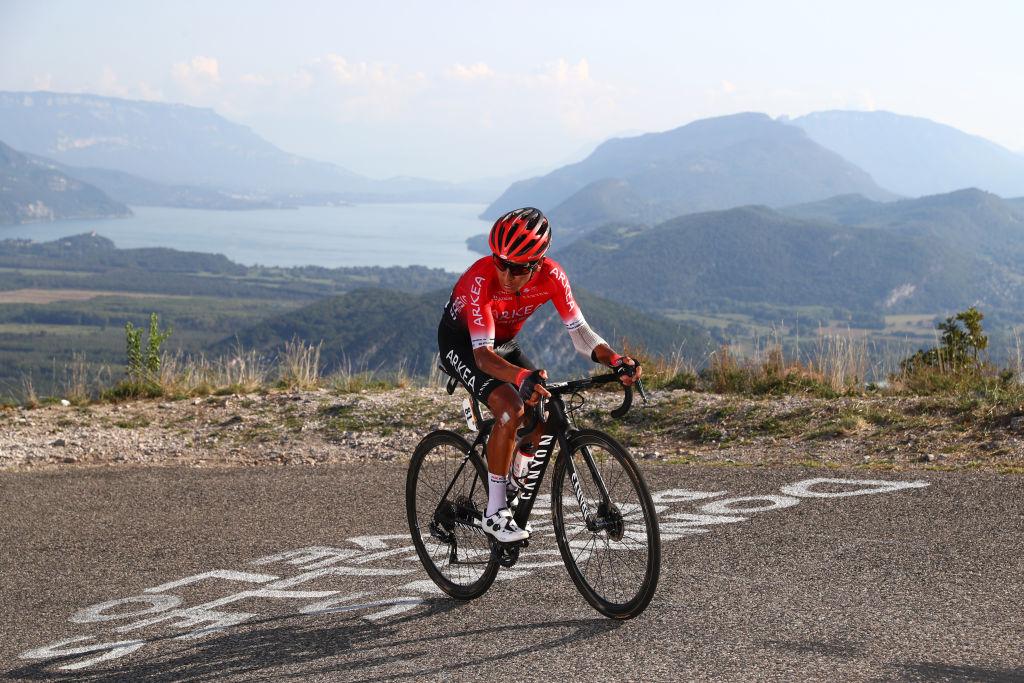Nairo Quintana de retour sur le vélo après une opération au genou – VeloNews.com