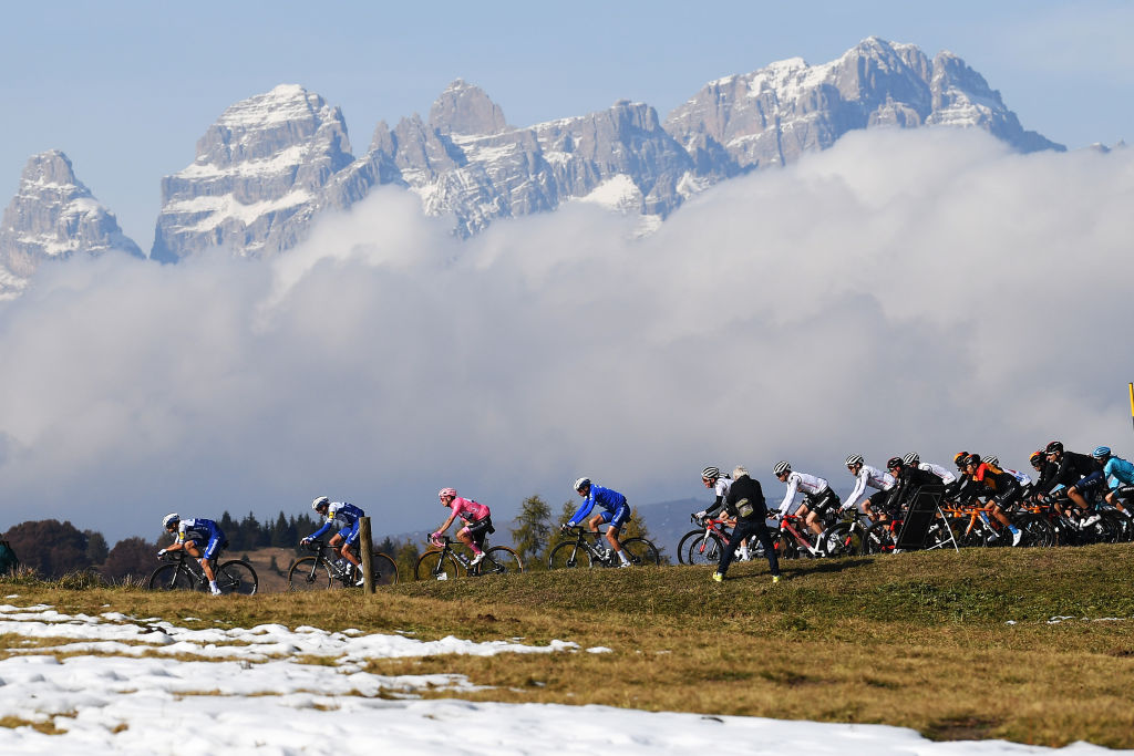 Five moments in 2020 when cycling transcended expectations – VeloNews.com