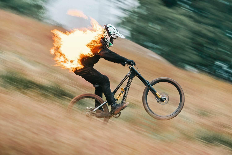 Skal se: Den gamle verden brænder over hele Europa på alle typer BMX og mountainbike