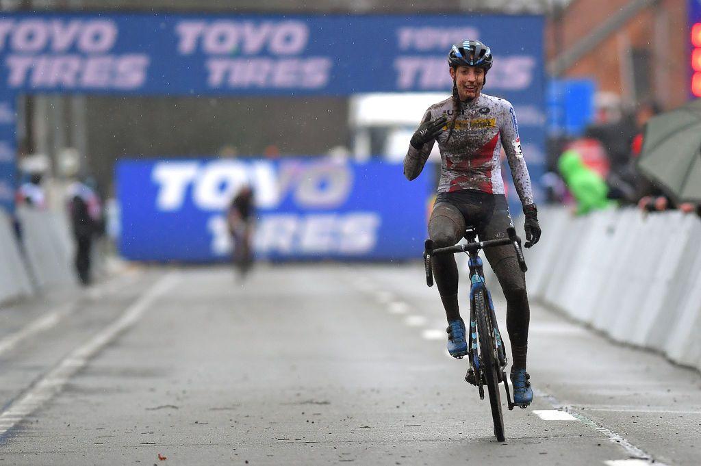 Lucinda Brand wint wereldbeker cyclocross dames in Dendermonde |  Cyclingnews