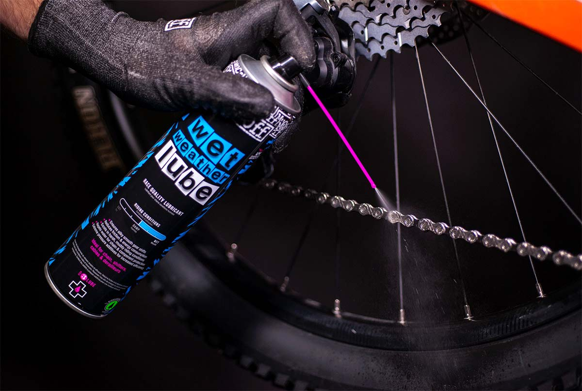 Muc-Off Wet Lube gets aerosol version for rapid spray-on re-lubing of your chain