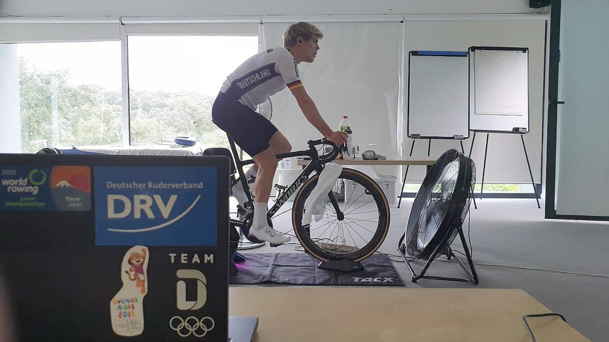 How Olympic rower Jason Osborne beat WorldTour cycling pros on Zwift – VeloNews.com