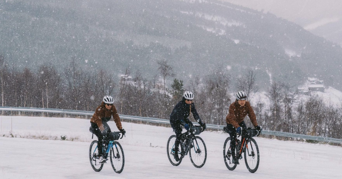 Christmas to New Year's Bike Ride: Tackle the 'Festive 500' With Rapha