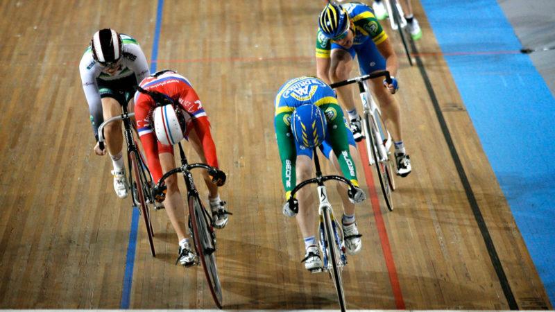 Cinque volte campione del mondo: per rendere più sicuri gli sprint di gruppo, prendi in prestito le regole delle corse su pista