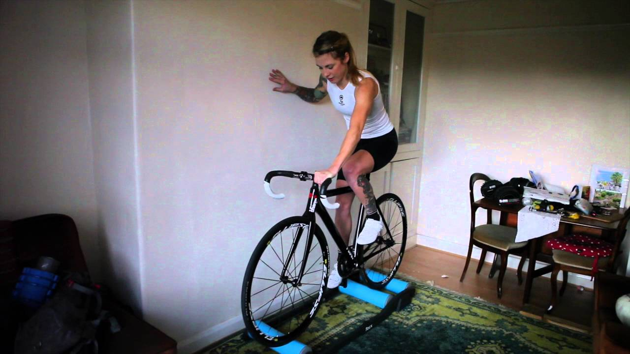 How to ride rollers on a track bike – getting started #getcyclefit