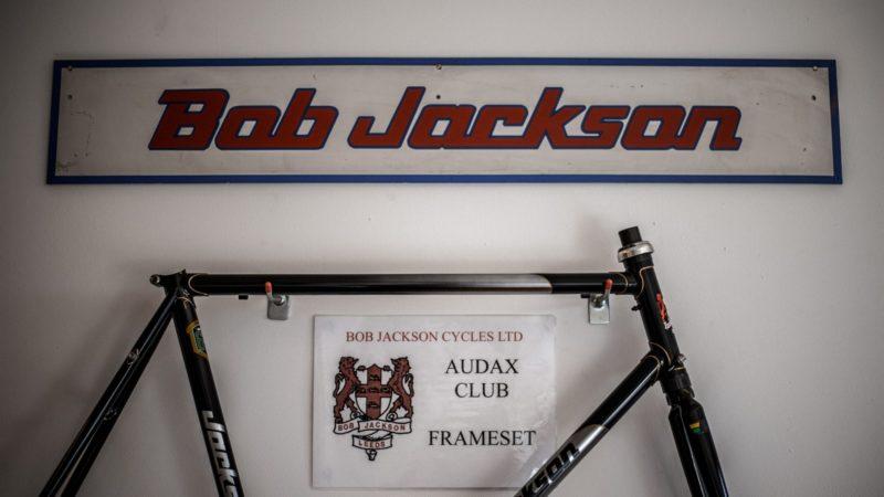 Bob Jackson fortsætter med at fremstille stålrammer i Leeds efter Woodrup-redning