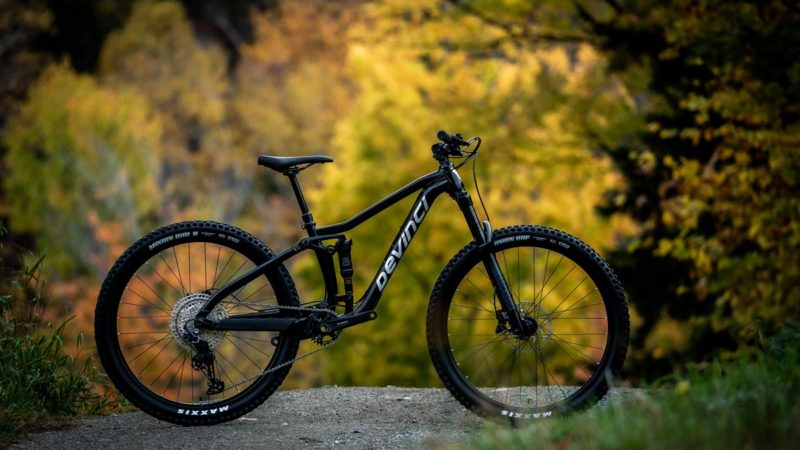Redesigned Devinci Kobain & Marshall MTBs offer impressive value, made in Canada