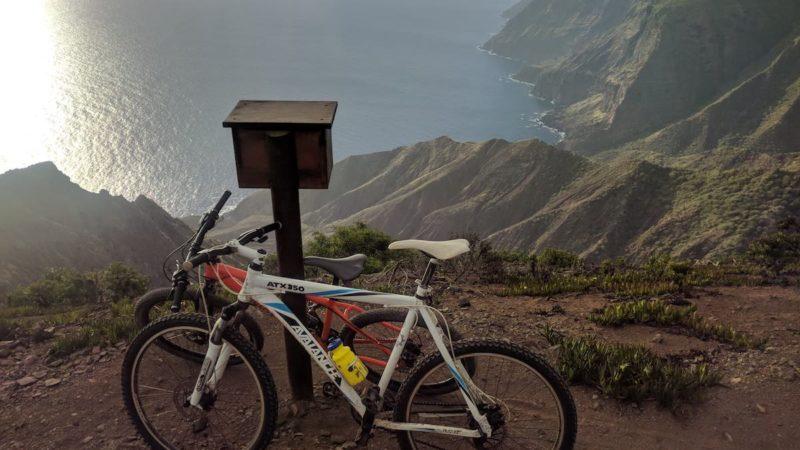 Bikerumor Pic du jour: l'île de Sainte-Hélène