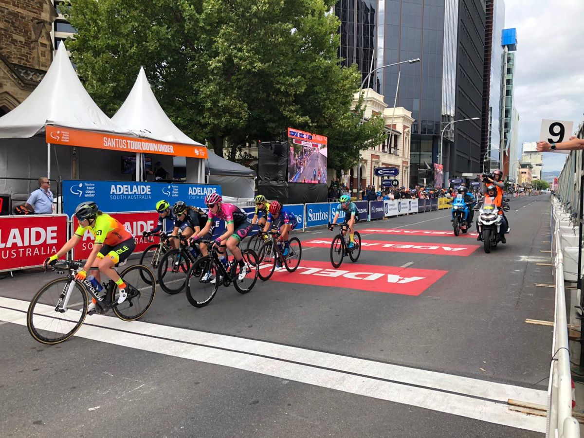 Peta Mullens wins Santos Festival of Cycling stage 1
