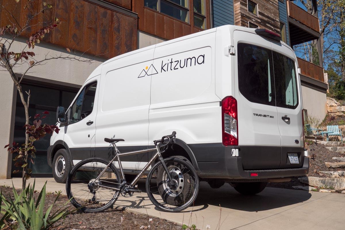 Kitzumas boksfrie cykelleveringstjeneste, der er klar til at køre, går kyst til kyst