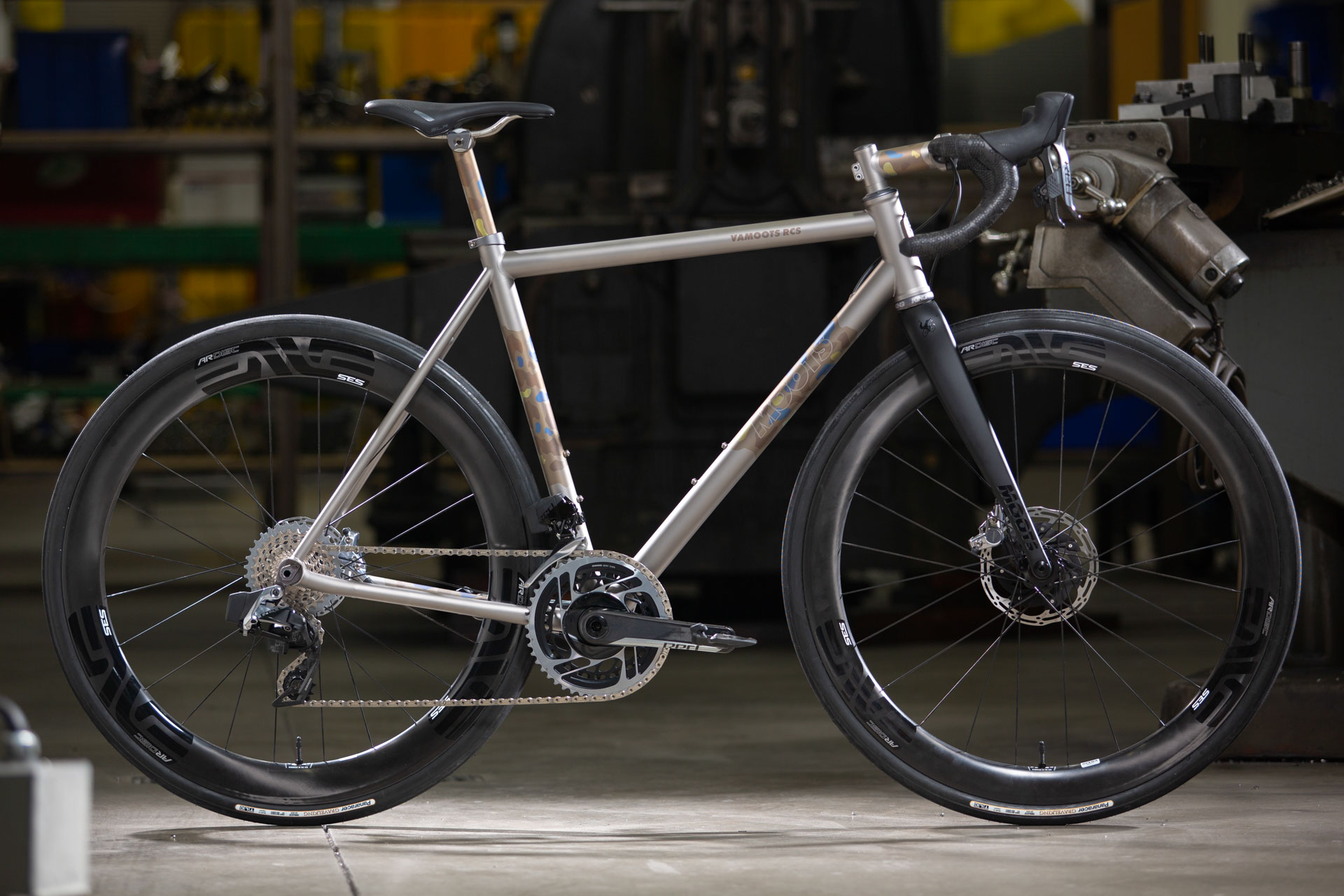 Moots celebrates its 40th with new Vamoots RCS titanium all-road bike