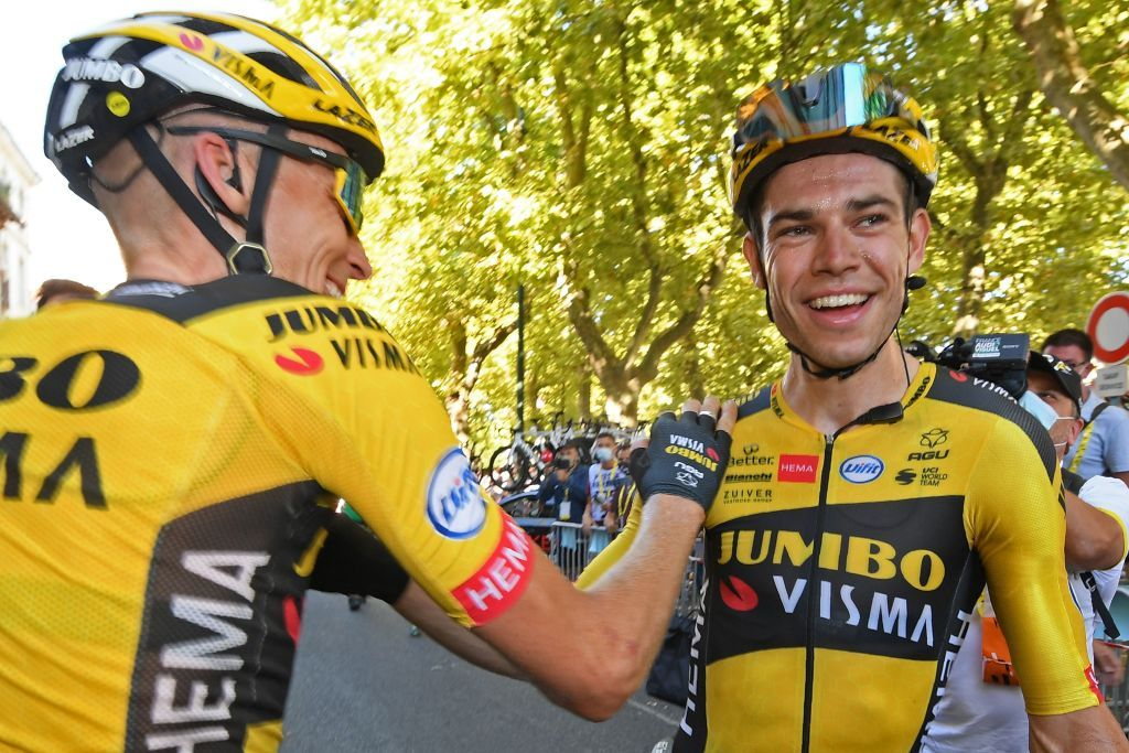 Wout van Aert signs three-year renewal with Jumbo-Visma