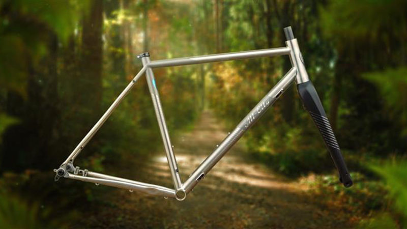 La bici da endurance all-road All-City Cosmic Stallion diventa titanio, aumenta la distanza