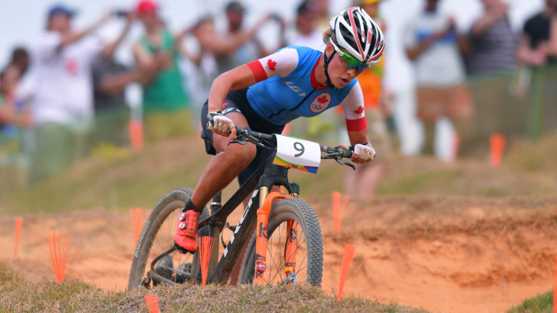 Emily Batty, Cross-Country-Mountainbike-Profi, unterschreibt bei Canyon – VeloNews.com
