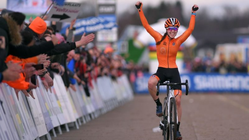 Shirin van Anrooij recovered from arm laceration and set to start Cyclo-cross Worlds