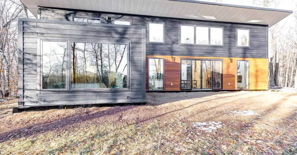 Inside the 'Wattage Cottage': An Eco-Cabin Adjacent to World-Class MTB Trails