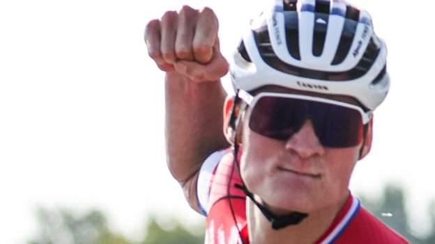 El equipo de Mathieu van der Poel fuera del Tour de los Emiratos Árabes Unidos después de una prueba positiva de coronavirus