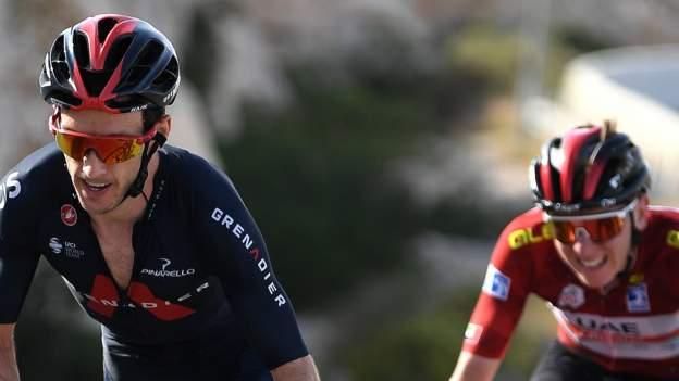 Adam Yates segundo en la etapa 3 del UAE Tour después de la batalla con Tadej Pogacar