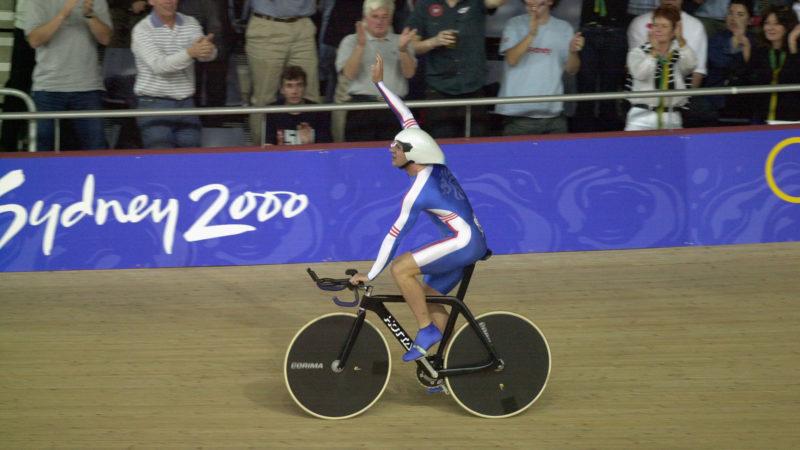 La storia di Hotta: come monocoques e bullishness hanno vinto l'oro olimpico nel 2000