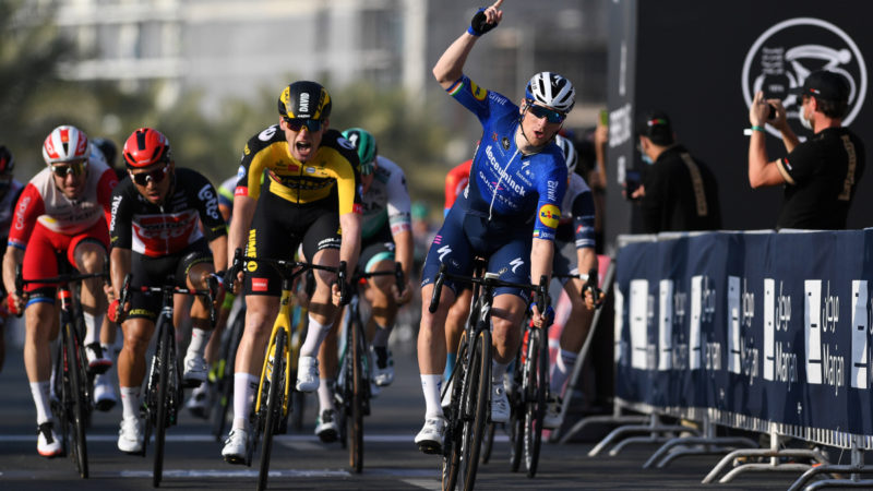 Sam Bennett beats back rivals for inaugural win of 2021 – VeloNews.com