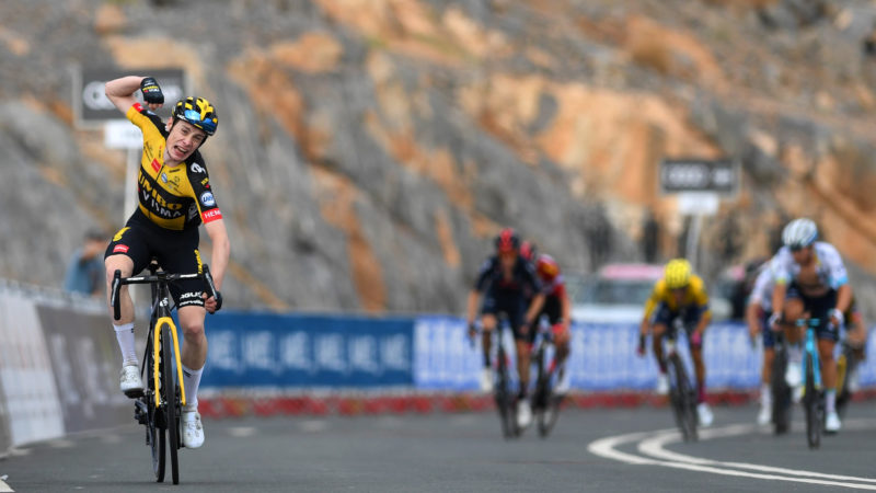 Jonas Vingegaard comes out on top with late attack to take stage five of the UAE Tour 2021